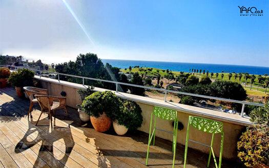 Luxurious Jaffa penthouse overlooking the sea