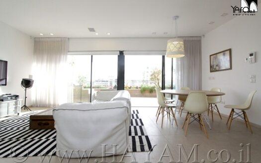 Luxury penthouse in the Venus area in Jaffa