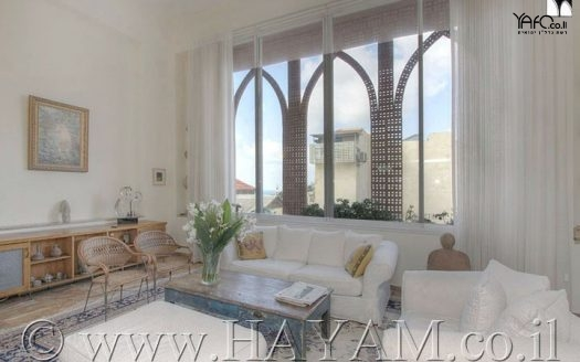 Private villa in Jaffa with sea view